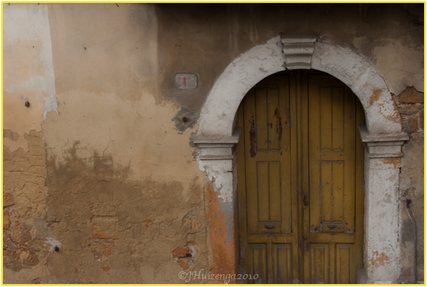 Arched Door in Sicily, Copyright Jann Huizenga 2010