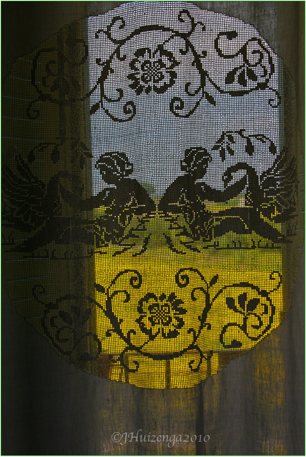 Antique Sicilian Lace Panel, copyright Jann Huizenga