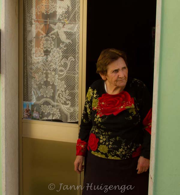 Sicilian Woman at Christmastime, copyright Jann Huizenga