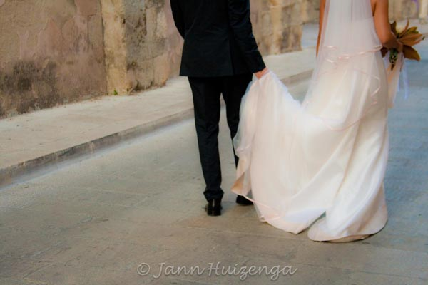Bride and Groom in Sicily, copyright Jann Huizenga
