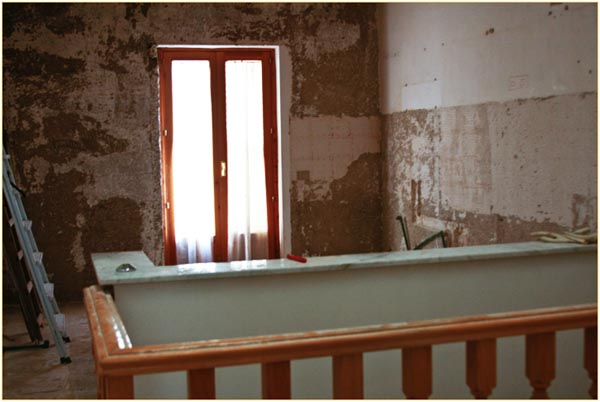 Renovating a House in Sicily, copyright Jann Huizenga