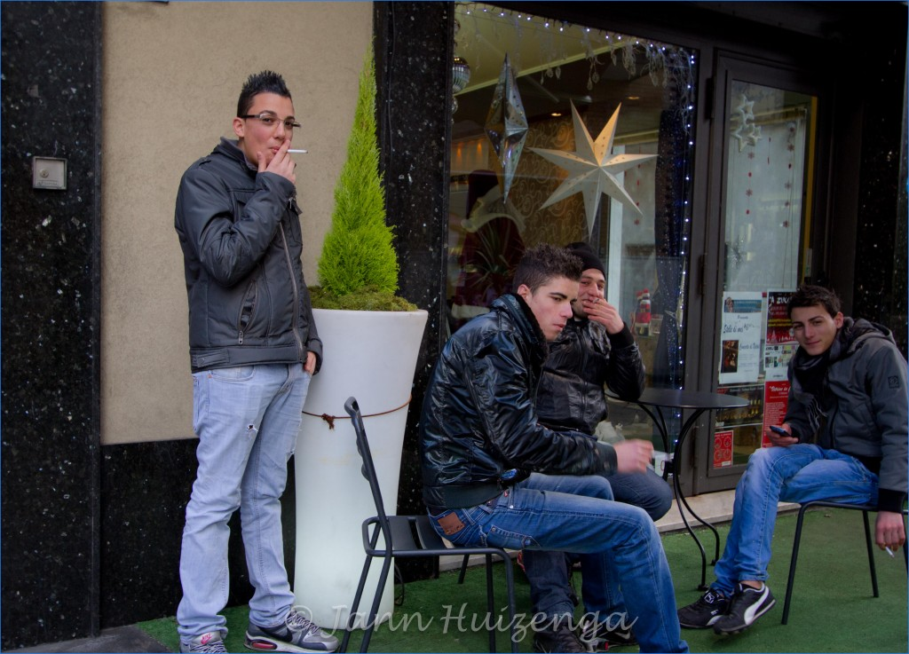 Boys in Randazzo, Sicly, copyright Jann Huizenga