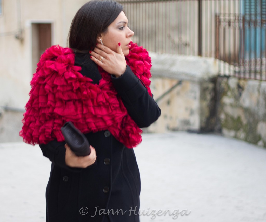 Sicilian Woman in Red Christmas Shawl, copyright Jann Huizenga