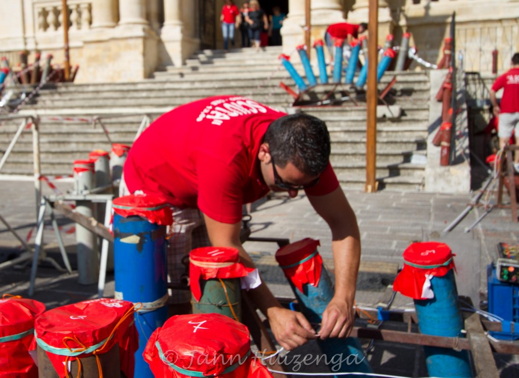 Rigging up Fireworks for Festa di San Paolo, Palazzolo, copyright Jann Huizenga