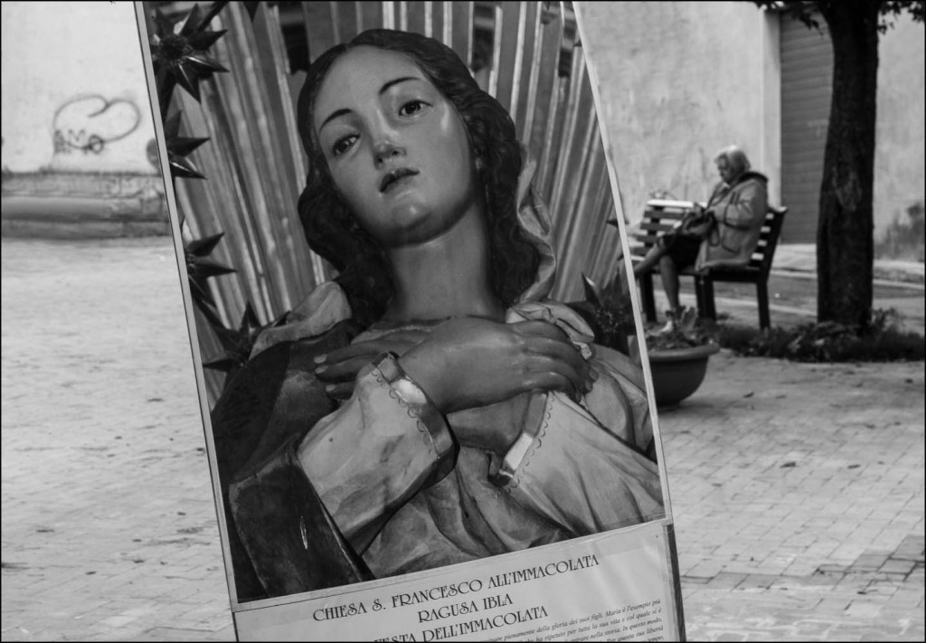 Poster of Virgin Mary in Sicily for Festa dell'Immacolata, copyright Jann Huizenga