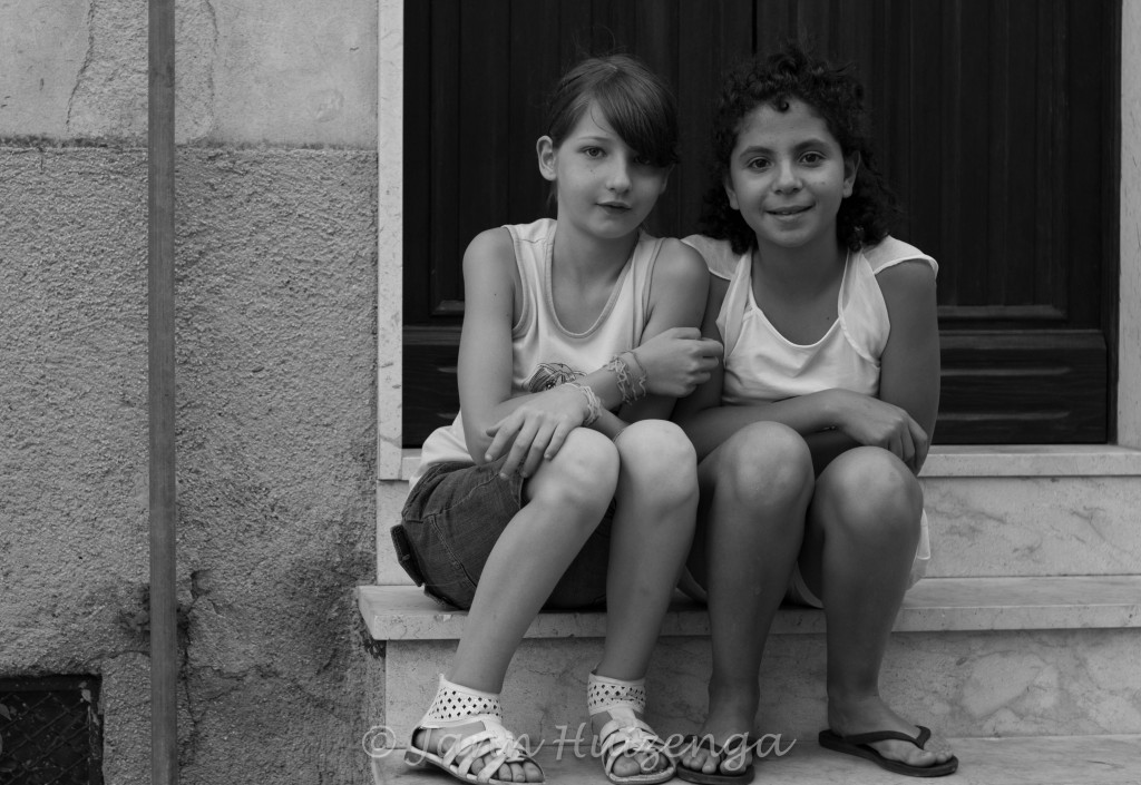 Girlfriends in Sicily, copyright Jann Huizenga