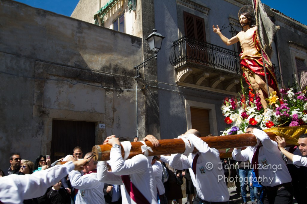 Easter Celebration in Ferla, Sicily, copyright Jann Huizenga