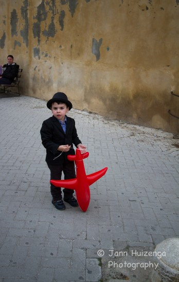 Sicilian Boy in Porkpie hat, copyright Jann Huizenga